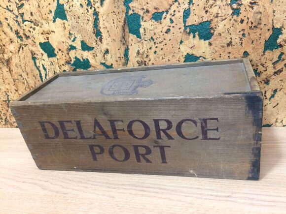 Port Delaforce Vintage Port 1966 in OWC-ящик-2